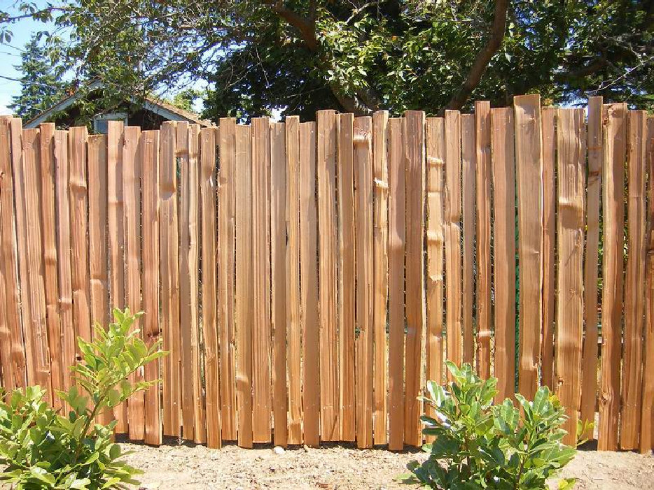 HAND SPLIT CEDAR FENCE BOARDS